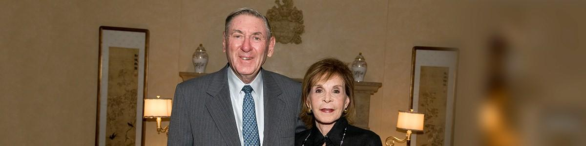 photo of Lester and Renée Crown